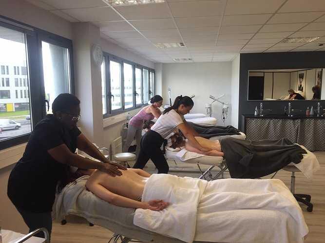 Formation soins du corps à l''école d''esthétique de Plérin 0